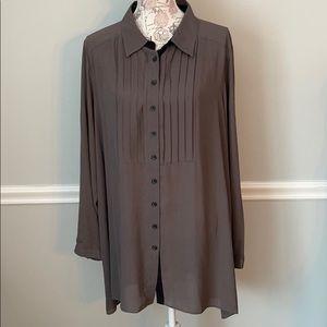 Styled by Joe Zee 24W Gray pleated blouse